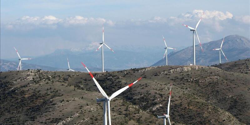 Rüzgârdan elektrik üretimi tarihte ilk defa aylık bazda yüzde 10'u geçti