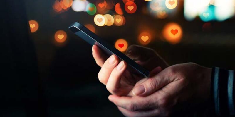 Salgın sürecinde sosyal ilişkiler akıllı telefonlarla sürdürüldü