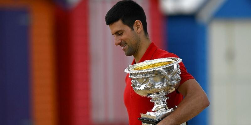 NovakDjokovic Federer'i yakaladı