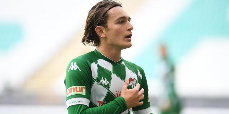 Son dakika... Bursaspor'da Ali Akman'ın sözleşmesi feshedildi!