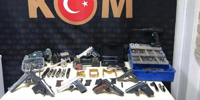 İzmir'de kuru sıkıdan bozma tabanca yapan 1 şüpheli yakalandı
