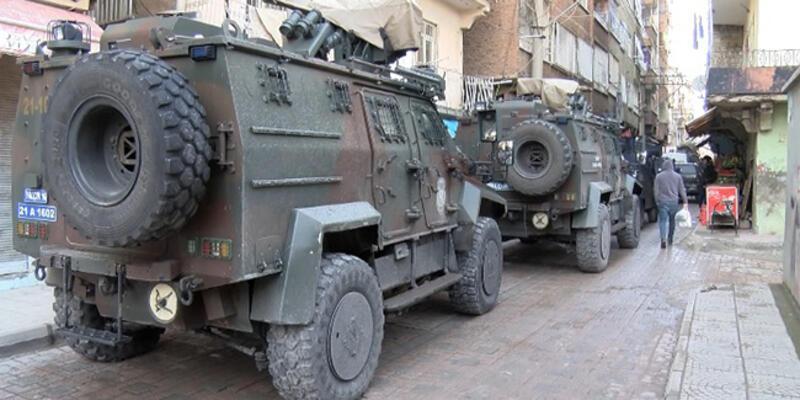 Diyarbakır'da PKK operasyonu: MEBYA-DER yönetici ve üyeleri gözaltına alındı