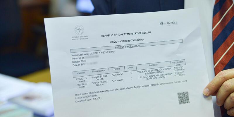 'Aşı kartı', 'aşı pasaportu' olarak gösterilebilir