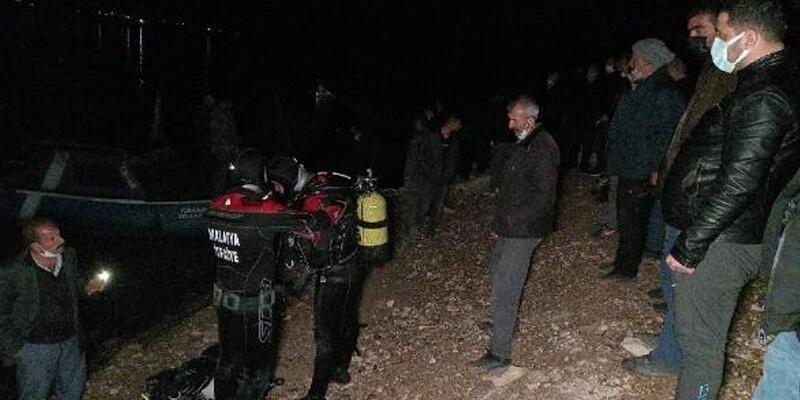 Malatya'da barajda tekne alabora oldu: 1 kişi kayıp