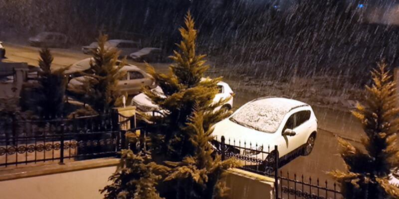 Ankara'da mart ayında kar sürprizi