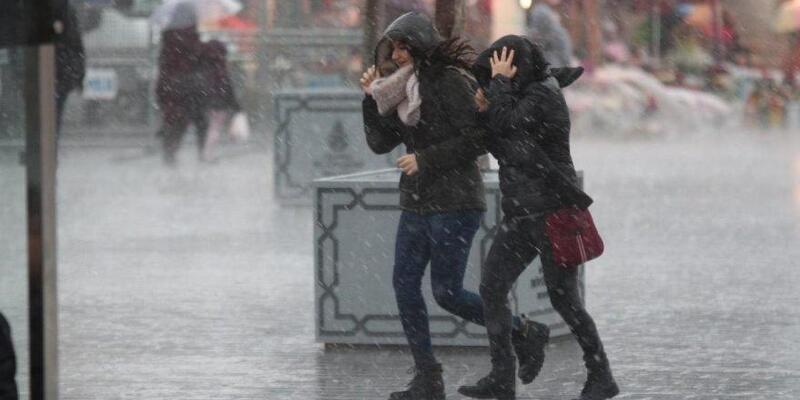 İstanbul, İzmir, Ankara hava durumu 17 Mart 2021: Meteoroloji'den sağanak, kar ve fırtına uyarısı!