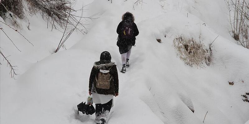 Denizli Çameli'nde kar yağışı dolayısıyla eğitime 1 gün ara verildi