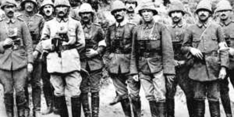 18 Mart Çanakkale zaferi ve Atatürk hakkında kısa bilgi! Çanakkale Savaşı komutanları kimlerdir?