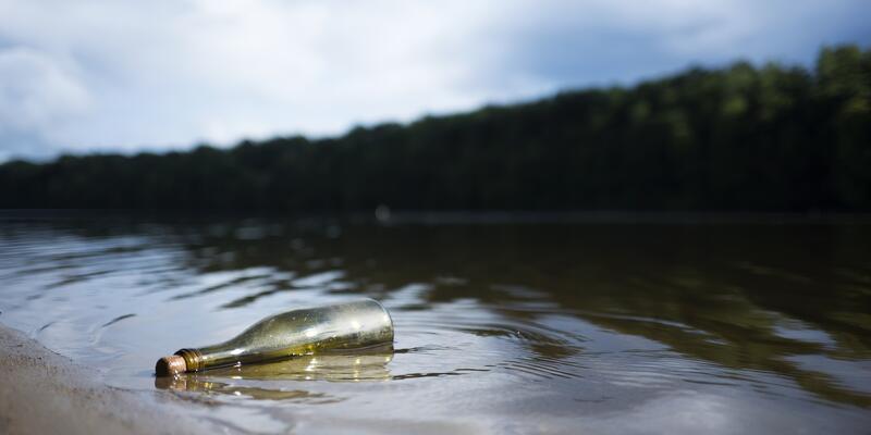Kanada'da şişedeki not 26 yıl sonra bulundu