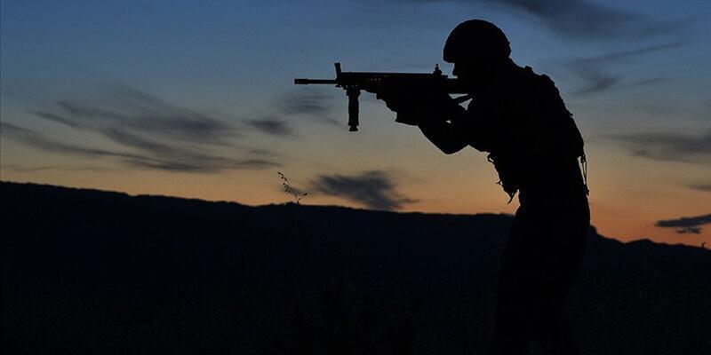 Son dakika... İHA'ların tespit ettiği 10 PKK/YPG'li terörist etkisiz hale getirildi