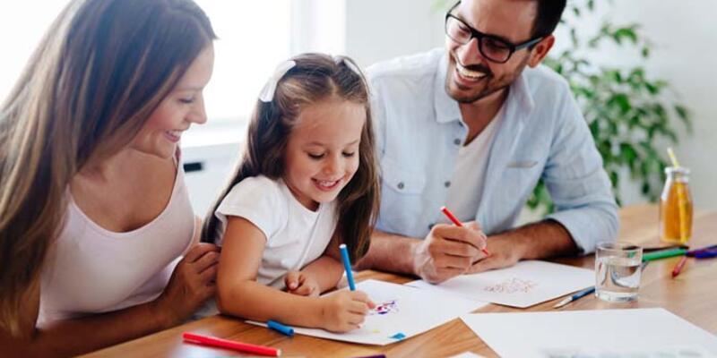 Çocuklara nasıl severek ödev yaptırabiliriz?