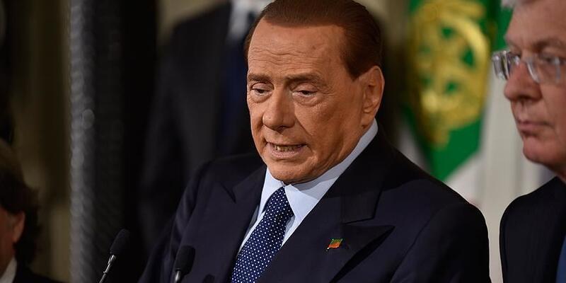 Eski İtalya Başbakanı Berlusconi'nin hafta başından beri hastanede olduğu açıklandı