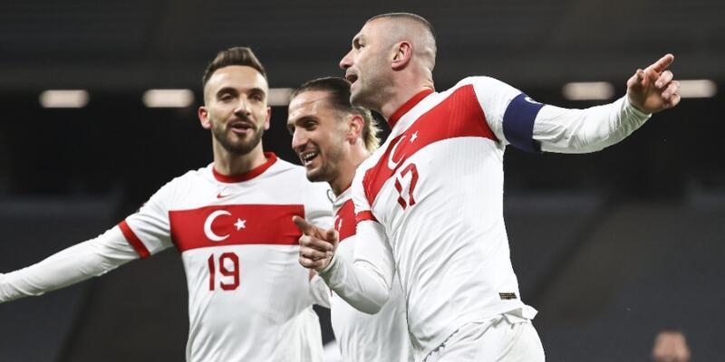 Burak Yılmaz'ın Hollanda'ya attığı goller