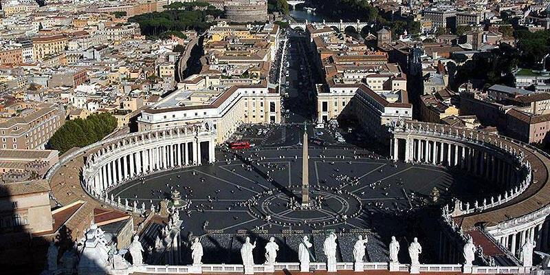 Vatikan'da maaşlara korona kesintisi