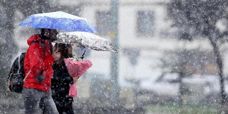 Meteoroloji'den kar ve fırtına uyarısı! 25 Mart 2021 İstanbul, İzmir, Ankara hava durumu: Kar yağışı devam edecek mi?