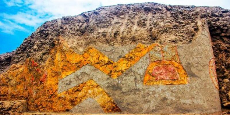 Peru'da 3 bin 200 yıllık tapınak keşfedildi