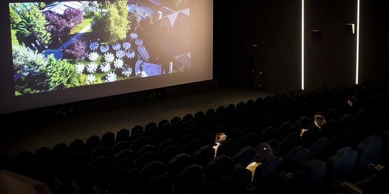 Sinema salonlarının açılması 12 Mayıs'a ertelendi