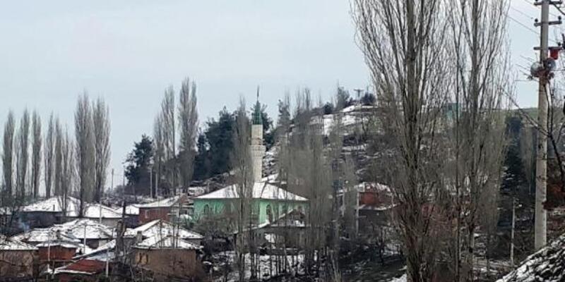 Dağmarmara mahalleleri güne beyaz örtüyle uyandı