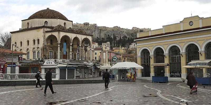 Yunanistan'da koronavirüs tedbirleri gevşetiliyor