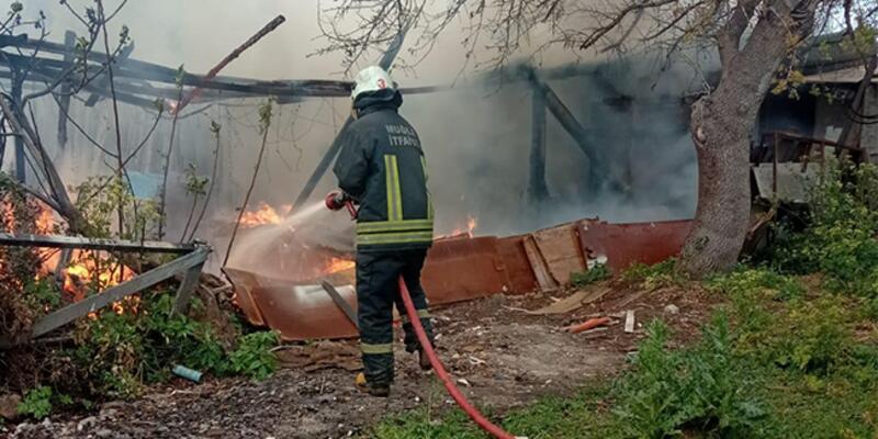 Bodrum'da marangozhanede yangın paniği