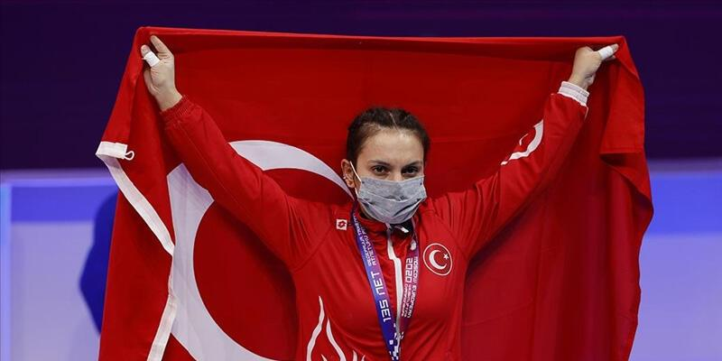 Son dakika... Şaziye Erdoğan bronz madalya kazandı