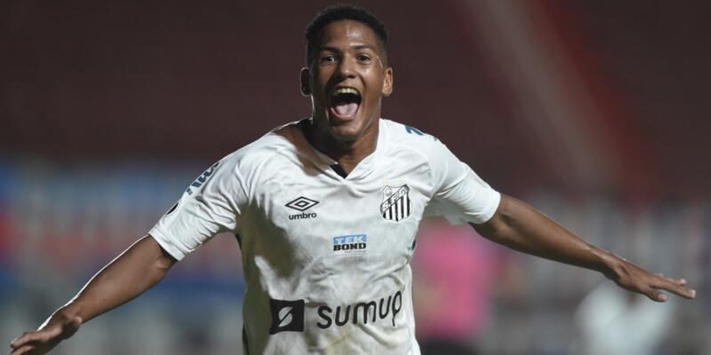 Angelo Gabriel Libertadores tarihine geçti
