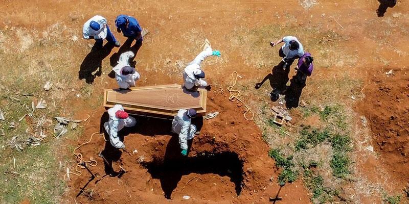 Brezilya'da son 24 saatte 3 bin 829 kişi Kovid-19 nedeniyle hayatını kaybetti