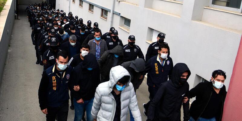 Adana'da 'garanti kupon' vaadiyle yasa dışı bahis dolandırıcılığına 29 tutuklama