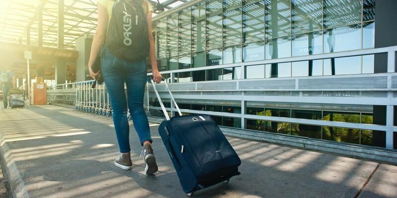 Seyahat yasağı saatleri! Şehirler arası seyahat yasağı var mı? Özel araçla seyahat yasak mı? İçişleri Bakanlığı seyahat yasağı genelgesi!