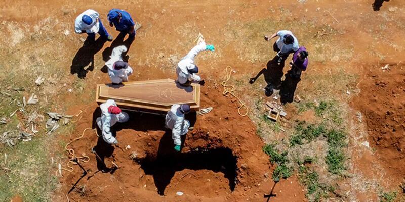 Brezilya'da koronadan son 24 saatte 3 bin 305 kişi hayatını kaybetti