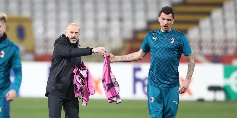 Son dakika... Mandzukic maaşını Milan'a iade etti