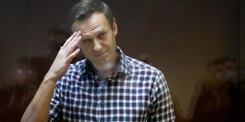Son dakika... Durumu ağırlaşan Rus muhalif Navalny hastaneye sevk ediliyor