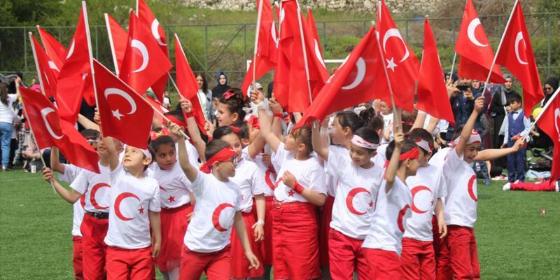 23 Nisan'da bankalar, hastaneler, kargolar açık mı, kapalı mı? Bugün Borsa İstanbul (BIST) açık mı?