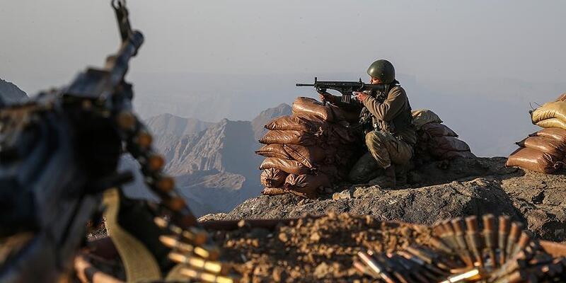 Son dakika... İçişleri: EREN-10 Operasyonu'nda 1 terörist silahıyla birlikte etkisiz hale getirildi
