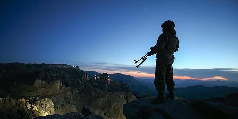 Son dakika... Terör örgütü PKK'dan kaçan 1 terörist teslim oldu