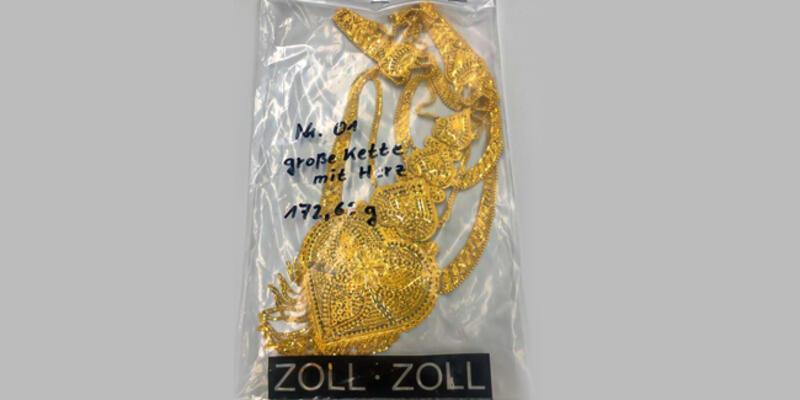 Alman polisi Türk yolcunun 40 bin euroluk altın ve ziynet eşyasına el koydu