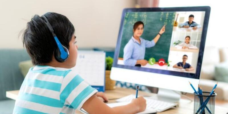 23 Nisan Cuma online ders olacak mı? Bugün EBA canlı ders var mı? 23 Nisan tatil mi?