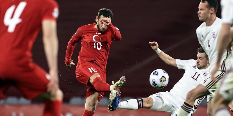Son dakika... Hakan Çalhanoğlu Manchester United yolcusu!
