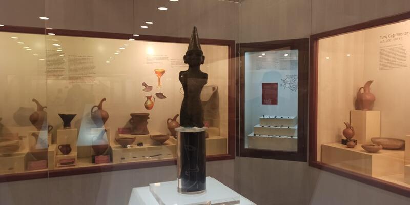 Bir paket sigaraya satılan Hitit heykeli müzede sergileniyor