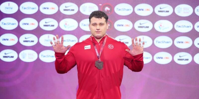 Rıza Kayaalp 10. kez Avrupa Şampiyonu