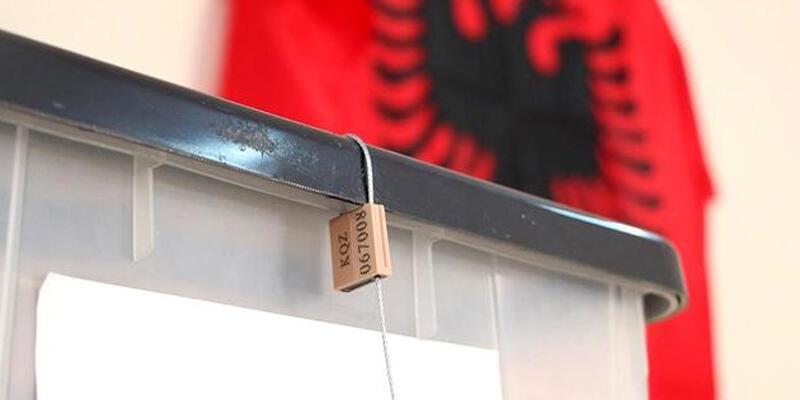 Arnavutluk'taki genel seçimde oy kullanma sona erdi