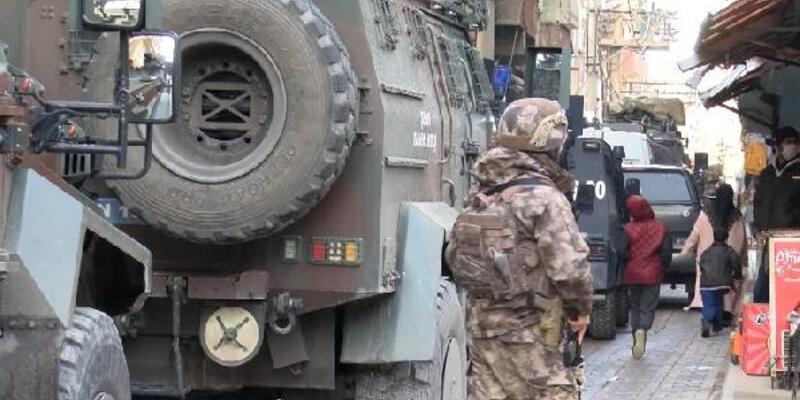 Diyarbakır'da terör operasyonu: 11 gözaltı