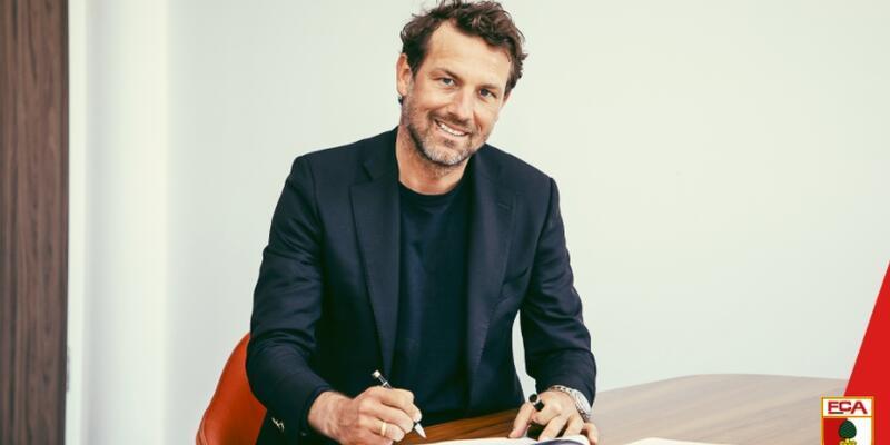 Augsburg'da teknik direktör değişti