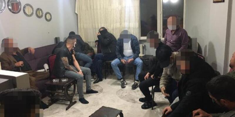 Kısıtlamada evde kumar ve restoranda okey oynayan 29 kişiye ceza