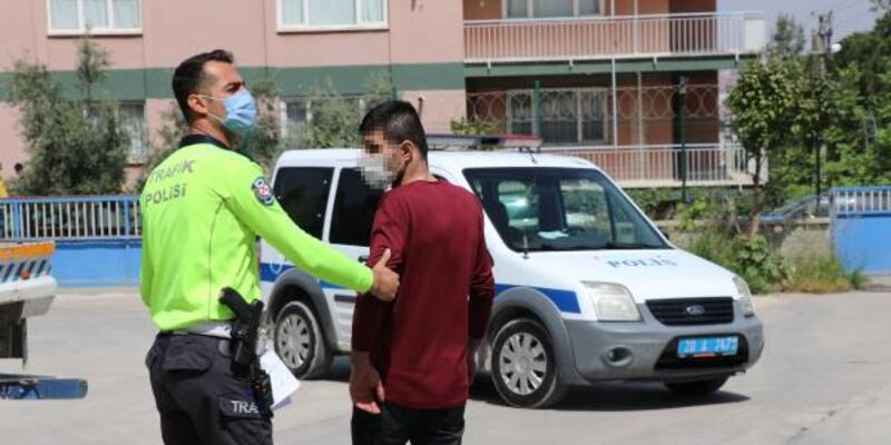 Polisin 'dur' ihtarına uymayan ehliyetsiz sürücüye 15 bin lira ceza