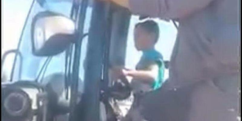 6 yaşındaki oğluna iş makinesi kullandıran operatöre soruşturma