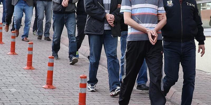 FETÖ'nün TSK yapılanmasına yönelik İstanbul ve İzmir merkezli operasyonda 30 şüpheli tutuklandı