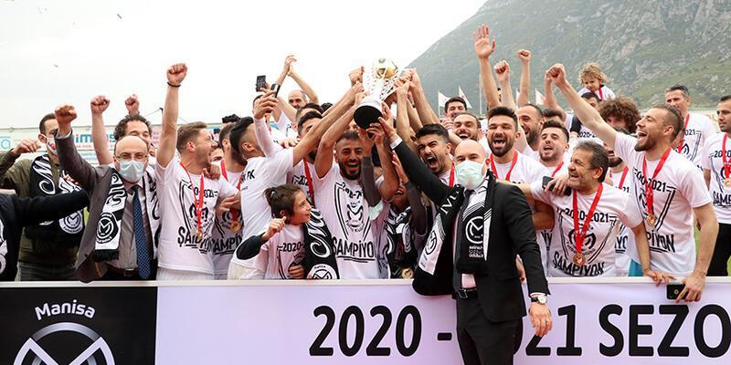 Manisa FK kupasını aldı