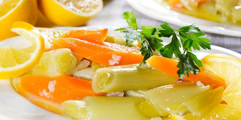 Kabızlığa iyi gelen tarif; Pırasa salatası