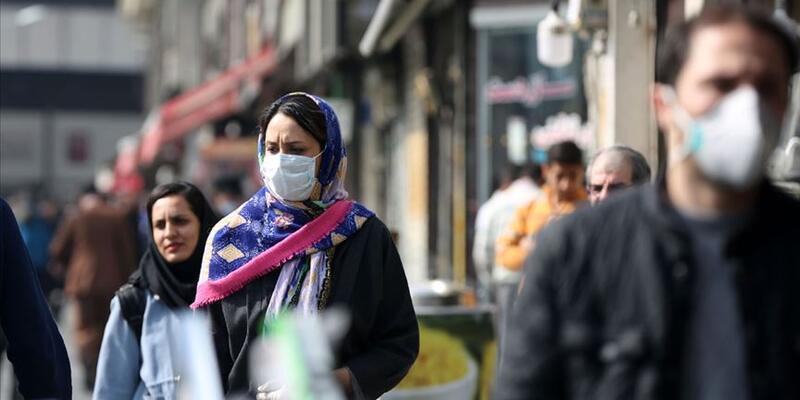 İran'da son 24 saatte 332 kişi Kovid-19'dan hayatını kaybetti